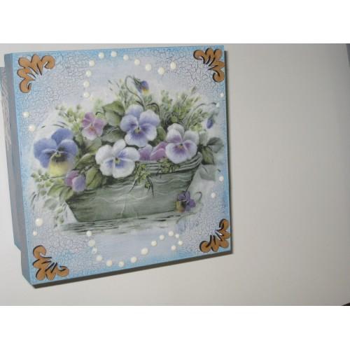Caja de madera Craquelada con pintura de tiza